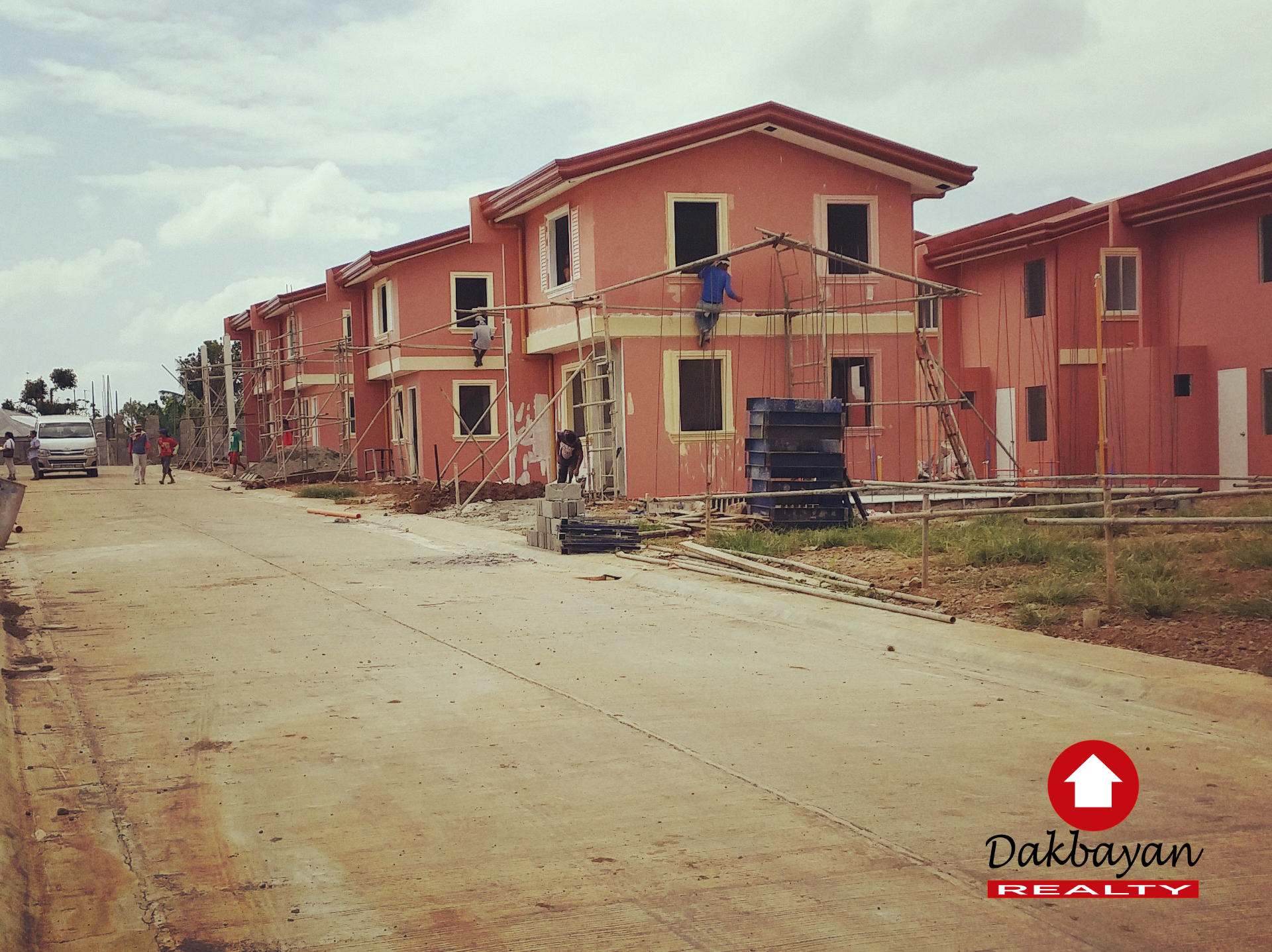 houses in cerritos trails davao