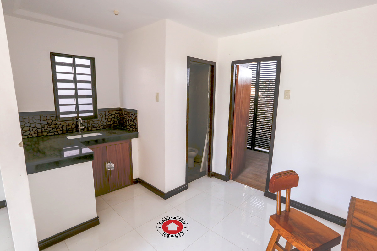 Pre Owned Home 2 Bedroom Loft Type House And Lot For Sale